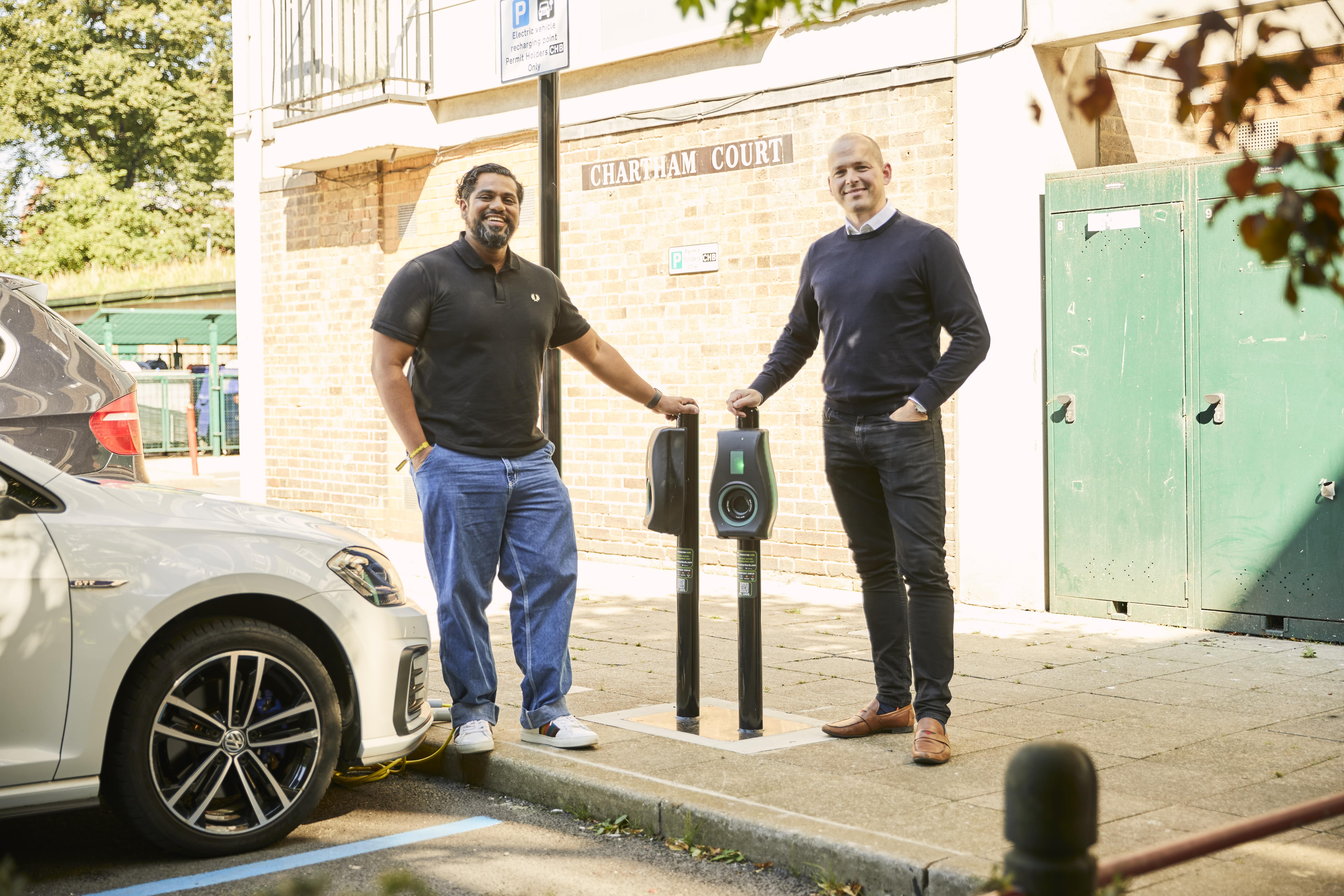 Local resident Ajai Ahluwahlia (left) with CEO of Connected Kerb Chris Pateman-Jones