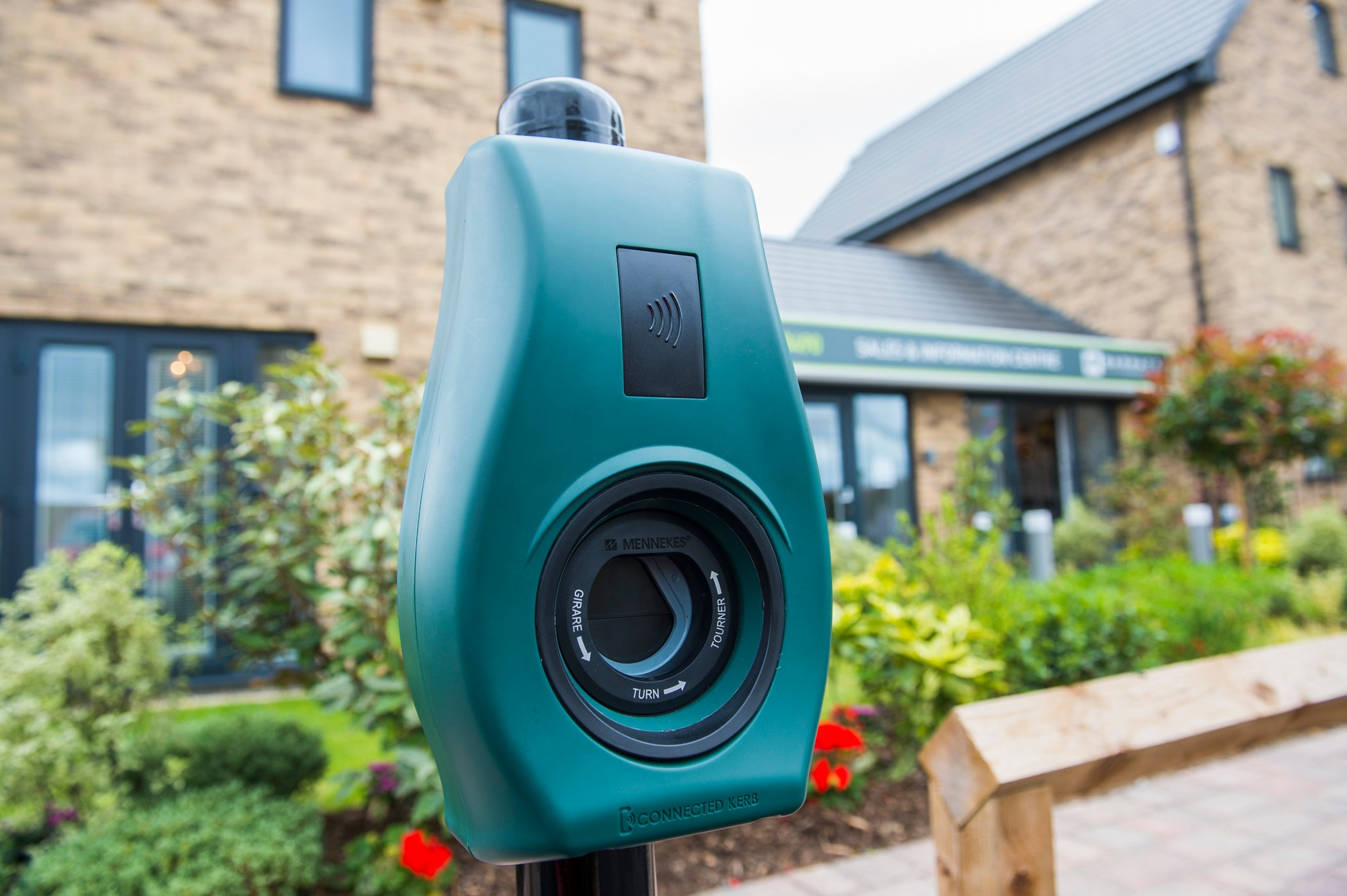 4 Reasons Why EV Charging Points Are A Great Business Opportunity